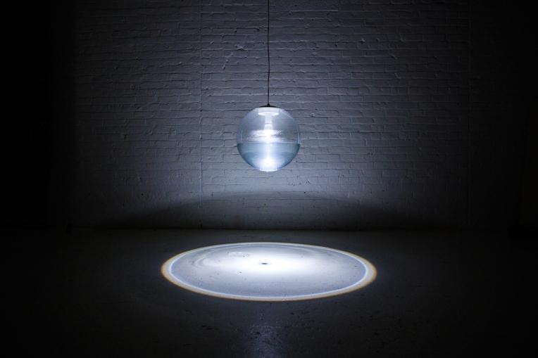 Richard-clarkson-Rain lamp